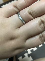 【俄(にわか)の口コミ】 とにかく、一目惚れでした。 ほかの店舗も見ましたが、これ!という指輪が…