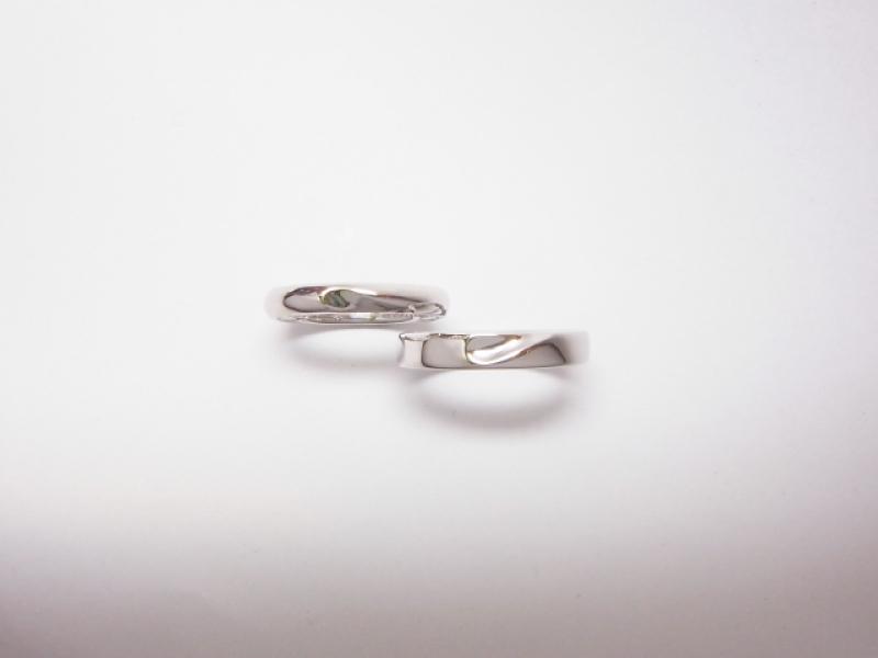 【タカセマイリングスタジオ(TAKASE MY RING STUDIO)の口コミ】 他にはない世界でひとつの指輪ということに惹かれて購入しました。 デザイ…