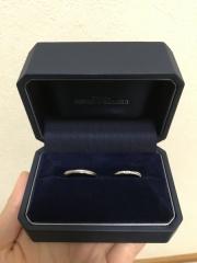 【銀座ダイヤモンドシライシの口コミ】 華やかでとても綺麗な指輪だったことです。普段指輪をつけないタイプだった…