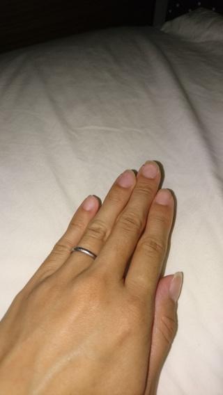 【カルティエ(Cartier)の口コミ】 指の関節や血管が目立っていてゴツゴツした手なので、女性らしく綺麗に見え…