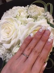 【銀座ダイヤモンドシライシの口コミ】 シンプルだけど、少しデザイン性があり、指がキレイに見える太さをポイント…