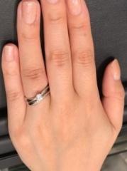 【ラザール ダイヤモンド(LAZARE DIAMOND)の口コミ】 シンプルだけど存在感があり、自分好みのデザインの指輪が多いです。このエ…