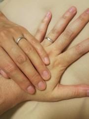 【Marriaged Marriage(マリッジド・マリッジ)の口コミ】 二人でお店に行く時間がなく自宅で選べるおしゃれなた指輪をさがしていて…