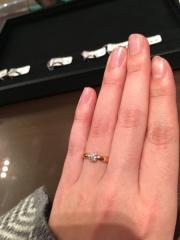 【ティファニー(Tiffany & Co.)の口コミ】 指に馴染み、着け心地がとても良かったです。 全体的に丸みのある形が柔ら…
