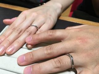 【TRECENTI(トレセンテ)の口コミ】 指あたりが非常に良く、普段は指輪などのアクセサリーをつけない彼氏も気…
