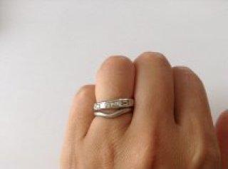 【ティファニー(Tiffany & Co.)の口コミ】 エタニティが欲しくて色々見ましたが、ラウンド型のダイヤモンドサークル…
