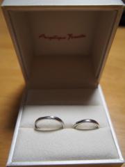 【アンジェリックフォセッテ(Angelique Fossette)の口コミ】 もともとあまり指輪をしない2人なので、日常的に身に着けていても指に負…