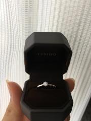 【アイプリモ(I-PRIMO)の口コミ】 彼がプロポーズ時にサプライズで用意してくれていたものなので、決め手は分…