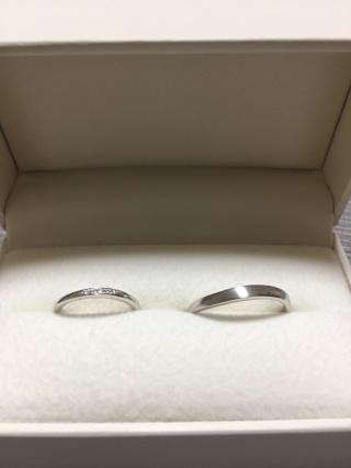 【RosettE(ロゼット)の口コミ】 デザインの良さです。 いくつか指輪をつけさせて頂く中で一番しっくりきた…