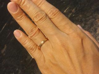【市松の口コミ】 結婚指輪はずっとこれに決めていたという、主人たっての希望で、このブラン…