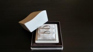【LUCIE(ルシエ)の口コミ】 予算の都合上、婚約指輪を省いたので、その代わりにどうしてもプラチナ製…