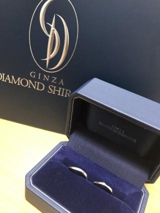 【銀座ダイヤモンドシライシの口コミ】 とても軽く細身のデザインで自分の指の形にあっていて1年ごとにダイヤモン…
