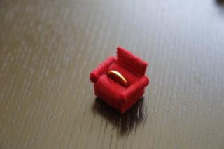 【カルティエ(Cartier)の口コミ】 シンプルの飽きのこないデザインを探しました。 ずっと指にはめるものです…