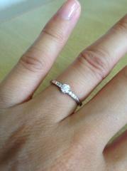 【アイプリモ(I-PRIMO)の口コミ】 自分では選んでいないので、決め手というものはありませんが、素敵な指輪…