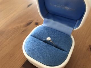 【銀座ダイヤモンドシライシの口コミ】 サプライズで頂いたのですが、彼曰く、『ダイヤモンドのカットが特殊でハ…