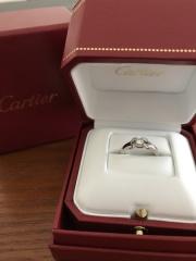 【カルティエ(Cartier)の口コミ】 私の中でエンゲージリングといえば、カルティエ。 いざ、エンゲージリング…