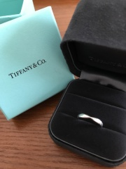 【ティファニー(Tiffany & Co.)の口コミ】 毎日つけるものということと、彼が指輪をつけなれていないということで、と…