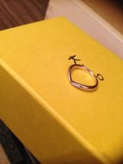 【ケイウノ ブライダル(K.UNO BRIDAL)の口コミ】 まず指輪の素材から悩みましたが、肌に馴染みやすいピンクゴールドを選びま…