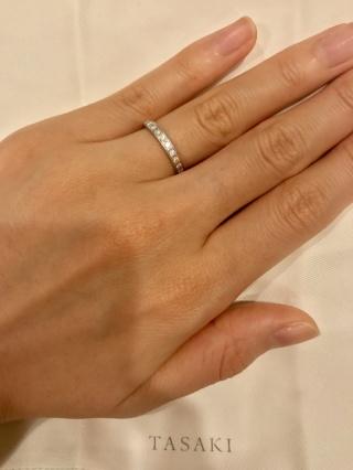 【TASAKI(タサキ)の口コミ】 結婚指輪はダイヤモンドでキラキラしていて、一本で華やかな雰囲気になるも…