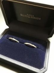【銀座ダイヤモンドシライシの口コミ】 お店に行き、事前に検討していたデザインを伝えると、担当の方に何種類か…