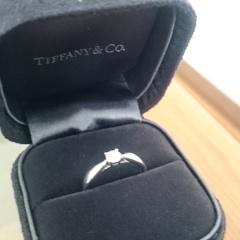 【ティファニー(Tiffany & Co.)の口コミ】 彼からのサプライズで渡されました‼  何よりも付け心地が良く、  指輪なれ…