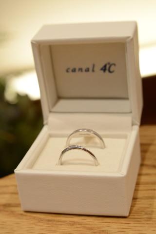 【canal4℃(カナルヨンドシー)の口コミ】 二人の将来を思いながらいつまでもつけていられるようにと考え決めました。…