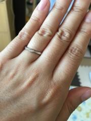 【JEWELRY  KAMATA(ジュエリーかまた)の口コミ】 旦那は職場でも使えるようになるべくシンプルで細めのリングを探してまし…
