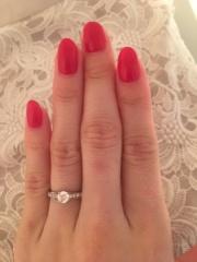【カルティエ(Cartier)の口コミ】 当初は「THE婚約指輪」のような、立て爪の一粒リングを検討して他の海外ブ…