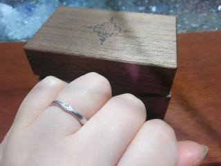 【PORTADA(ポルターダ)の口コミ】 雑誌やネットで気に入ったデザインの結婚指輪を探していました。 たまたま…