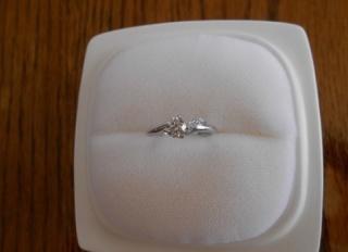 【俄(にわか)の口コミ】 地味婚にしようと思っていたので、婚約指輪もなくてもよいかと思っていま…