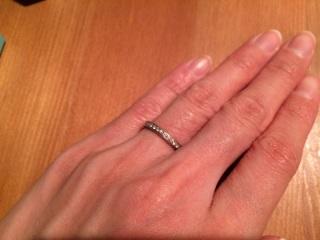 【ティファニー(Tiffany & Co.)の口コミ】 ハーフエタニティは、お得ではありますが、指輪はクルクル回ることが多い…
