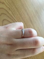 【centro felicita(セントロフェリシタ)の口コミ】 指輪のデザインを見た瞬間、ビビっときました。デザインの希望としては、ダ…