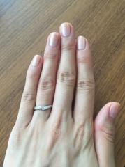 【LAPAGE(ラパージュ)の口コミ】 主人が職業上、シンプルな指輪しか着用できないので、私もプラチナでダイヤ…