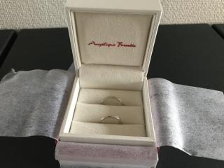 【アンジェリックフォセッテ(Angelique Fossette)の口コミ】 今まで指輪をつけて生活したことがなく、シンプルであまり気にならないも…