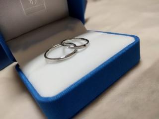【ガラOKACHIMACHIの口コミ】 何件か結婚指輪を見にジュエリーショップを回りました! 迷っていた指輪は…