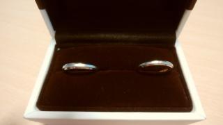 【アイプリモ(I-PRIMO)の口コミ】 漠然と結婚指輪はプラチナだと思っていたのですが、ピンクゴールドと組み合…