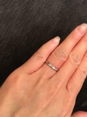 【JEWELRY  KAMATA(ジュエリーかまた)の口コミ】 シルエットが綺麗で 指が長く見えるデザインがとても 気に入りました    …