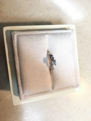 【LUCIE(ルシエ)の口コミ】 婚約指輪、実は作ろうかとても悩みました。でも一生に一度の素晴らしい想い…