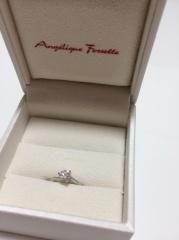 【アンジェリックフォセッテ(Angelique Fossette)の口コミ】 サプライズで購入してくれた婚約指輪でしたが、文句なく、とっても嬉しかっ…
