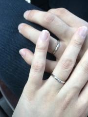 【アネリディギンザ(ANELLI DI GINZA)の口コミ】 ・シンプルで飽きのこないデザイン ・お互いの指の形に合っていること ・…