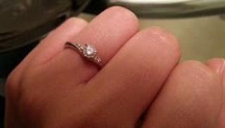 【ラザール ダイヤモンド(LAZARE DIAMOND)の口コミ】 彼が内緒で買ってくれた。ダイヤモンドがきれいだったことが一番のポイント…
