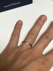 【銀座ダイヤモンドシライシの口コミ】 艶消し加工などの指輪自体のデザインも大変気に入りましたが、アフターケア…