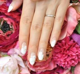 【ラザール ダイヤモンド(LAZARE DIAMOND)の口コミ】 結婚指輪として購入したので、子供ができたときに子供を傷つけないような…