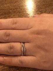 【LUCIE(ルシエ)の口コミ】 結婚指輪は気に入っているものの、ちょっとゴージャスにイメチェンしたかっ…