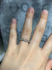 【ラザール ダイヤモンド(LAZARE DIAMOND)の口コミ】 着け心地、使いやすさ、あまり人がつけていないようなデザイン、ダイヤの美…