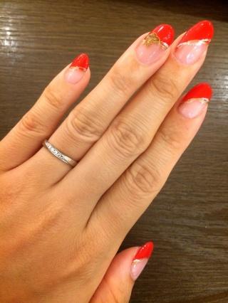 【アイプリモ(I-PRIMO)の口コミ】 指が短くて太いため、スッキリ見えるデザインの指輪を探していたところ、こ…