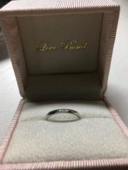 【Love Bond(ラブボンド)の口コミ】 カットデザインの指輪を探していて スタッフさんも たくさんのブランドを…