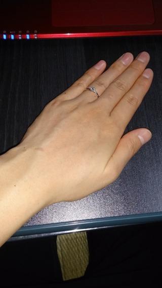 【ジュエリーツツミ(JEWELRY TSUTSUMI)の口コミ】 ダイヤモンドが大きすぎないので婚約指輪感もあるしちょっとしたお出かけ…