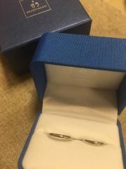 【ガラOKACHIMACHIの口コミ】 1つだけダイアモンドが入ったシンプルな結婚指輪が欲しかったのですが、シ…