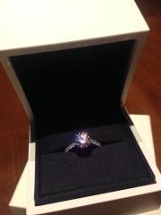 【デビアス(DE BEERS)の口コミ】 デビアスにて結婚指輪も購入しました。DB Classic Full Pave Band(結婚指…